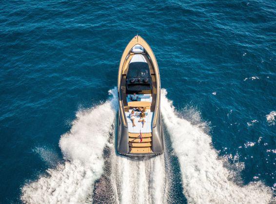 wajer yachts 55 s about