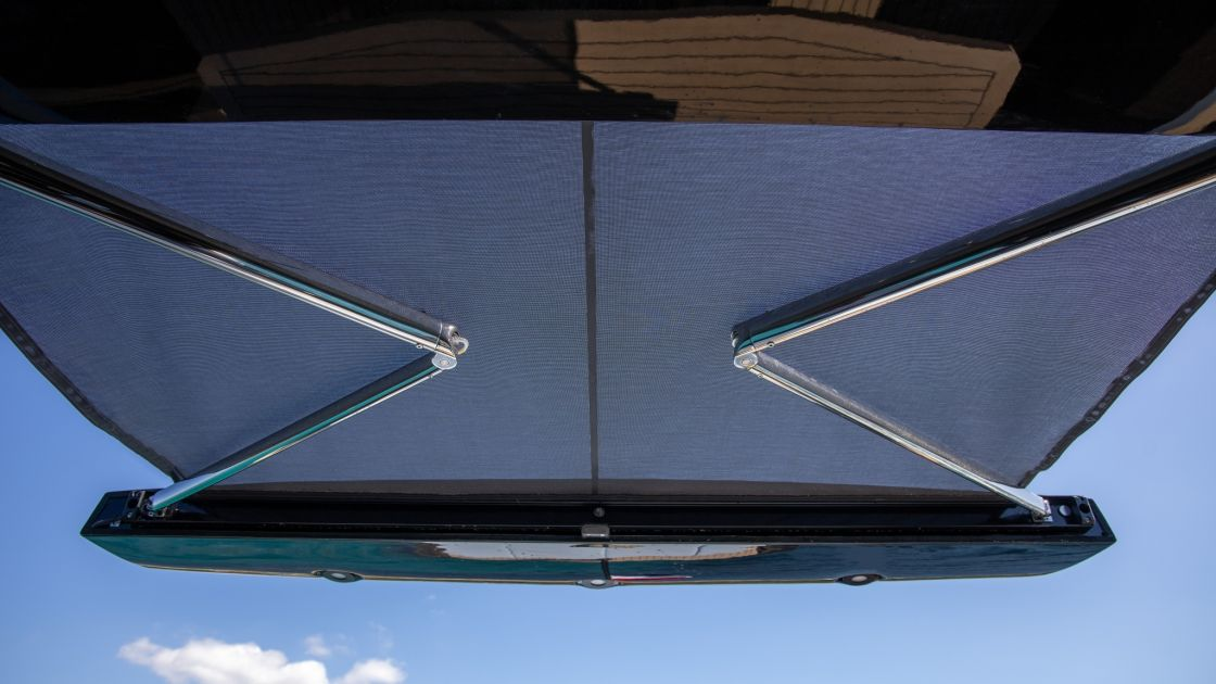W55S extended roof