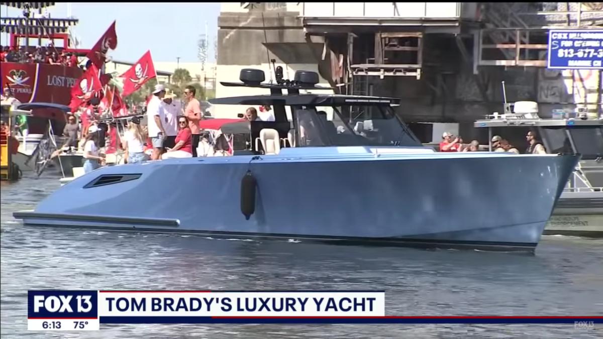 Tom Brady Boat news item